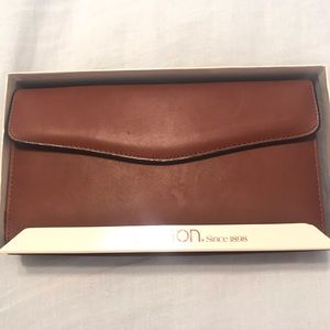 Buxton Brown Soft Leather Wallet